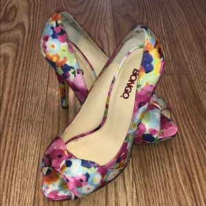 *Host Pick* Bongo floral heels.